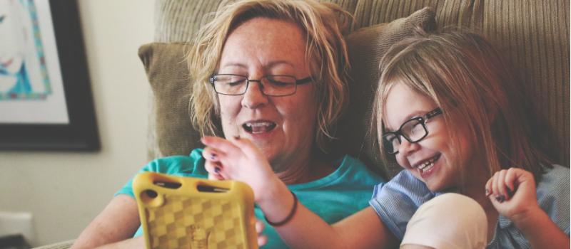 13 stimulating dementia activities - SuperCarers